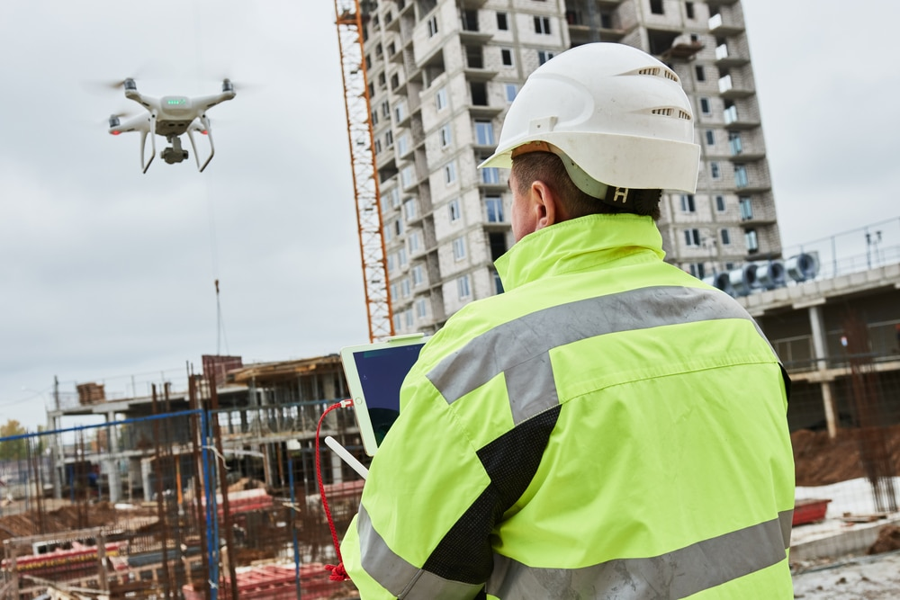 How drones use in construction industry revolutionizing the industry